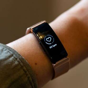 Learn How to Reset Fitbit Charge 3?