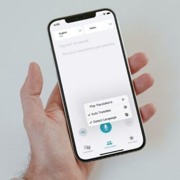 How to Enable Auto Translate in Apple Translate App in iOS 15